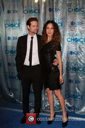 Shane West and Maggie Q 2011 People's Choice Awards at Nokia Theatre L.A. Live - Arrivals Los Angeles, California -...