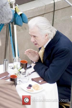 John Larroquette on the set of the TV show 'Pleading Guilty' shooting on location at Clark Street Chicago, Illinois -...
