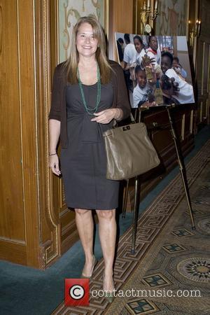 Lorraine Bracco and Women