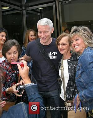 Anderson Cooper outside ABC Studios for 'Live with Regis and Kelly' New York City, USA - 10.09.10