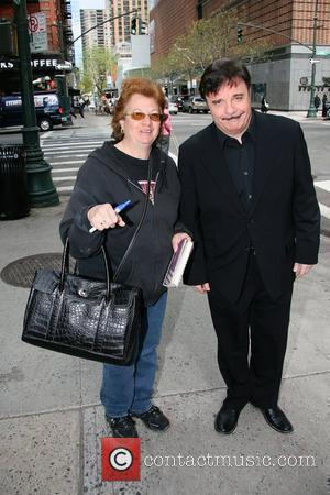 Nathan Lane and Gomez