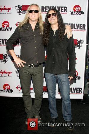 Jerry Cantrell and Mike Inez