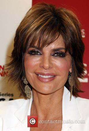 Lisa Rinna Undergoes Surgery To Reduce Lip Size