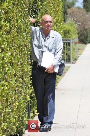 Robert Shapiro outside Pickford Lofts sober living facility Los Angeles, California - 16.07.10