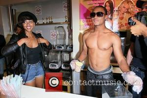 romeo miller dating meagan good See how meagan good uplifted leslie jones with a romeo miller's 'tinder profile' is the ultimate thirst (typically a bad sign on dating apps.