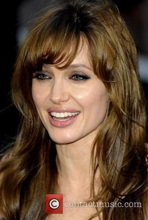Jolie Appeals For Pakistan Aid
