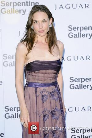 Claire Forlani,  Serpentine Gallery Summer Party in Kensington Gardens - Arrivals London, England - 08.07.10