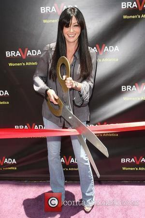 Shannen Doherty celebrates the grand opening of Bravada Women's Athletica on South Robertson Boulevard Los Angeles, California - 17.06.10