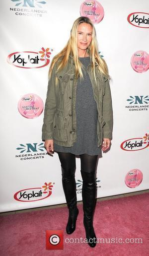 Kelly Lynch  Sheryl Crow Breast Cancer Awareness benefit concert at the Pantages Theatre Hollywood California, USA - 16.11.10