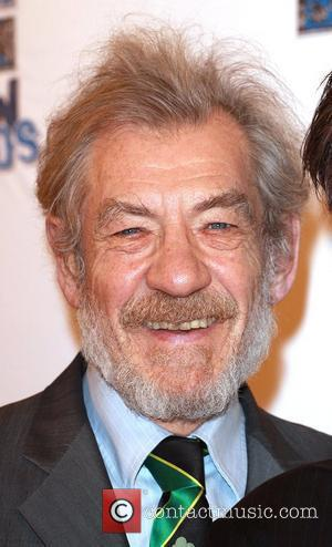 Mckellen Collects For Haiti