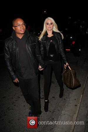 Sam Jones III and Karissa Shannon arriving at STK restaurant Los Angeles, California - 22.09.10