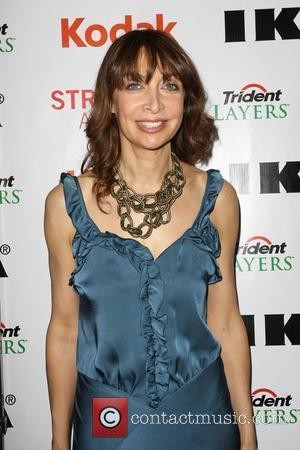 Illeana Douglas 2nd Annual Streamy Awards Arrivals held At The Orpheum Theatre Los Angeles, California - 11.04.10