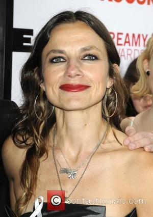 Justine Bateman 2nd Annual Streamy Awards Arrivals held At The Orpheum Theatre Los Angeles, California - 11.04.10