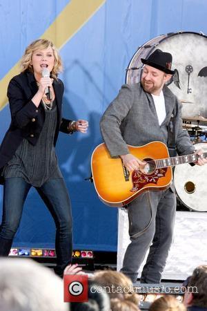 Jennifer Nettles and Kristian Bush