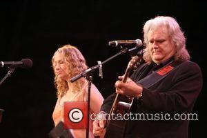 Joan Osborne and Ricky Skaggs