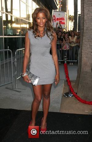 Claudia Jordan Los Angeles Premiere of 'Takers' at the Arclight Cinemas - Arrivals Hollywood, California - 04.08.10