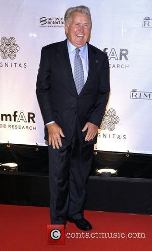 Martin Sheen The 35th Toronto International Film Festival - amfAR Cinema Against AIDS - Gala Toronto, Canada - 12.09.10