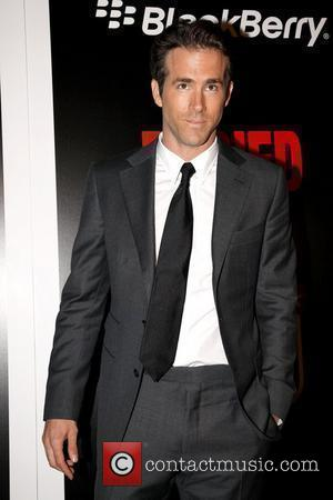 Ryan Reynolds Pictures | Photo Gallery Page 4 ... Ryan Reynolds Md