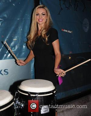Rosanna Davison, Pink and Robbie Fox