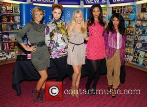 Frankie Sandford, Mollie King, Rochelle Wiseman, The Saturdays, Una Healy and Vanessa White