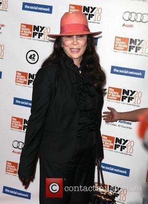 Faye Dunaway's No-show Costs Her Legal Battle