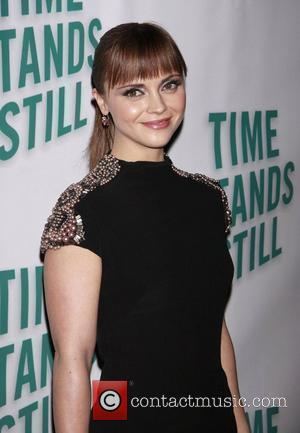 Christina Ricci Shines On Broadway Debut
