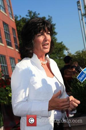 Christiane Amanpour Chased By Angry Mob In Cairo