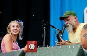 Seasick Steve Picked Out A Young Girl From The Audience