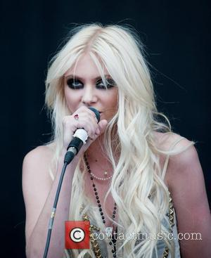 Taylor Momsen, V Festival, The Pretty Reckless