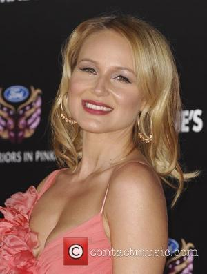Jewel's Valentine's Day Tune Is Love Note To Husband