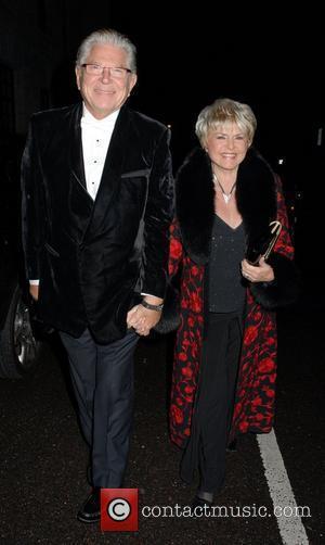 Gloria Hunniford,  The Variety Club Showbiz Awards 2010 - outside arrivals London, England - 14.11.10