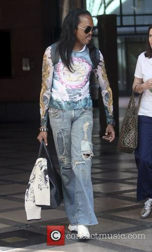 Verdine White leaves a medical building in Beverly Hills Los Angeles, California - 02.11.10