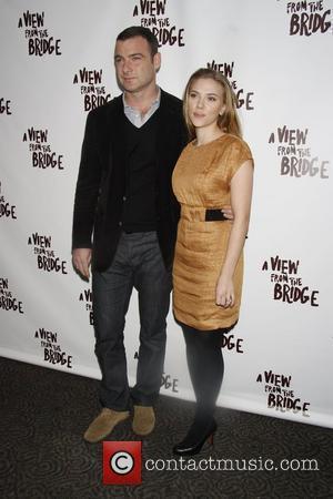 Liev Schreiber and Scarlett Johansson