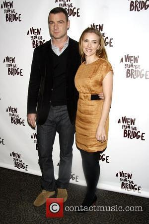Schreiber: 'I've Fallen For Co-star Johansson'