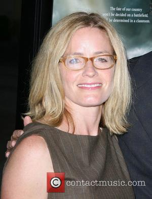 Elisabeth Shue, Paramount Pictures and Superman