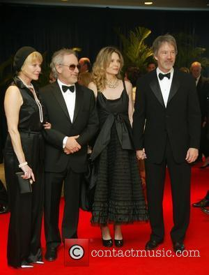 Kate Capshaw, Steven Spielberg, Michelle Pfeiffer, David Kelley   2010 White House Correspondents Association Dinner held at the Washington...
