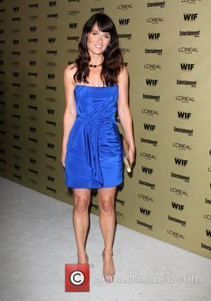 Robin Tunney and Entertainment Weekly