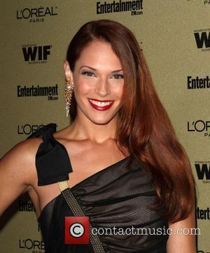 Amanda Righetti and Entertainment Weekly