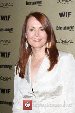 Entertainment Weekly, Laura Innes