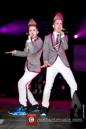 Jedward and Wii