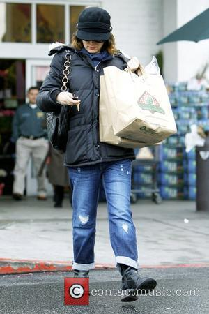 Winona Ryder all bundled up while leaving Bristol Farms after shopping for groceries Los Angeles, California - 19.01.10