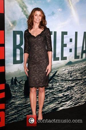 Bridget Moynahan  Battle: Los Angeles Los Angeles Premiere  Held At Regency Village Theatre  Westwood, California - 08.03.11