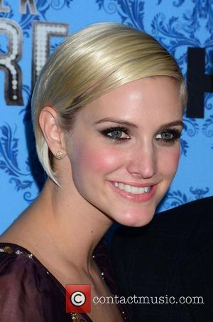 Ashlee Simpson Goes Public With New Boyfriend Vincent Piazza