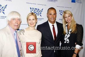 Dr John, Beth Ostrosky, Kelly Rutherford and Nigel Barker
