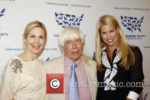 Kelly Rutherford, Beth Ostrosky and Dr John