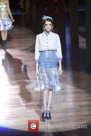 Model and Marc Jacobs
