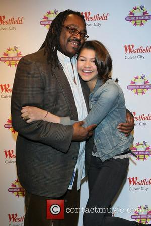 Zendaya Coleman poses with her father, Kazembe Coleman The star of the Disney Channel's new hit series Shake it Up!...