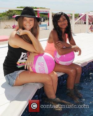 Behati Prinsloo, Chanel and Iman