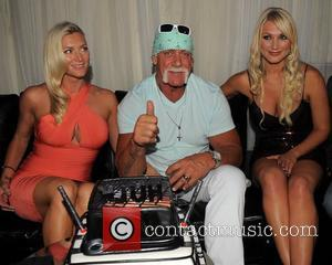 Hulk Hogan, Brooke Hogan and Jennifer Mcdaniel