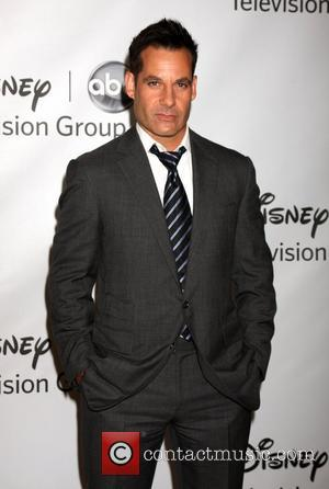 Adrian Pasdar Returns To The Fake Oval Office For Tv Drama